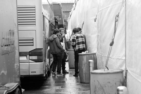 Mumford Boys and Andrew Davie having a sneaky fag!